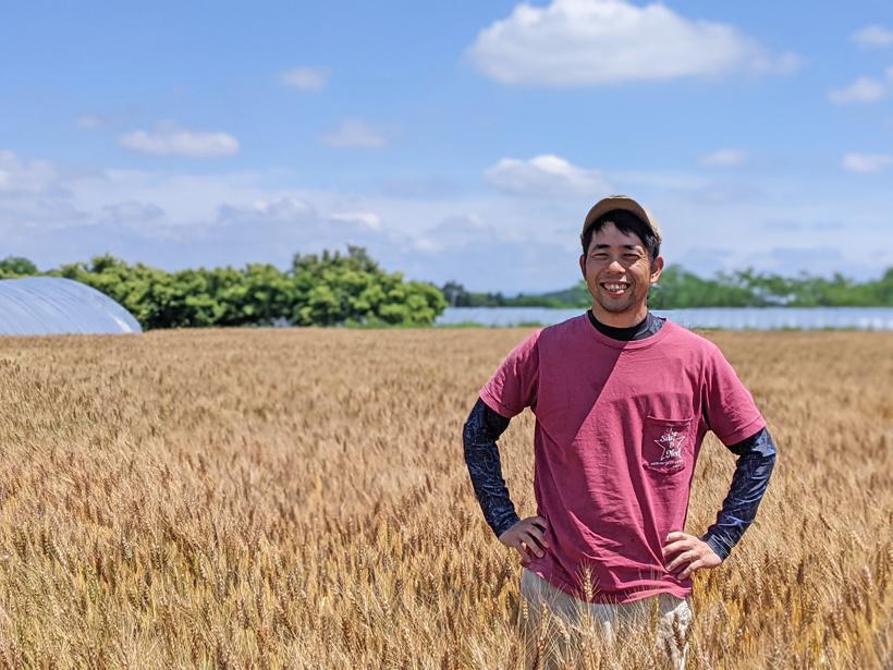 自然栽培小麦農家坂田真彦